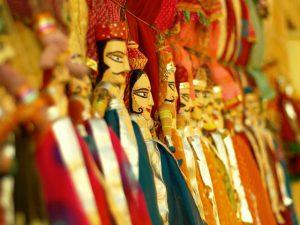 jaisalmer-red-women-india-tour