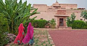 mandawa-nagaur-red-tent-india-tour