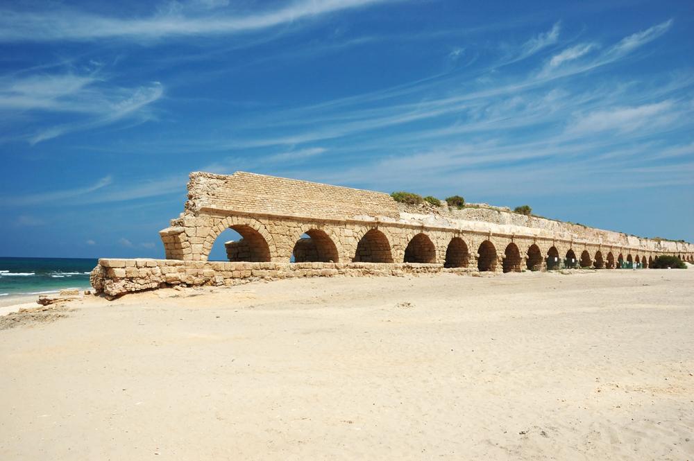 Old Caesarea aqueduct bridge,Israel