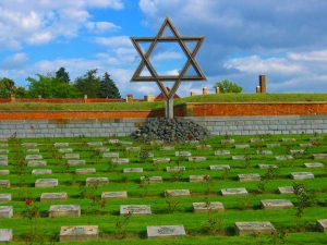 Jewish Tour to the Czech Republic. Terezin Cemetery
