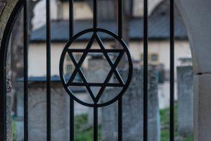 Jewish Heritage in Central Europe, 14 days/13 nights. Graveyard in Kazimierz, Krakow. Jewish Heritage in Central Europe