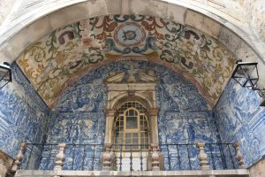 Luxurious Kosher tour to Southern Spain, Gibraltar, Morocco and Portugal. Town of Obidos in Portugal